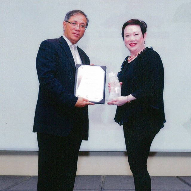 Receiving the Singapore Star Award 2015